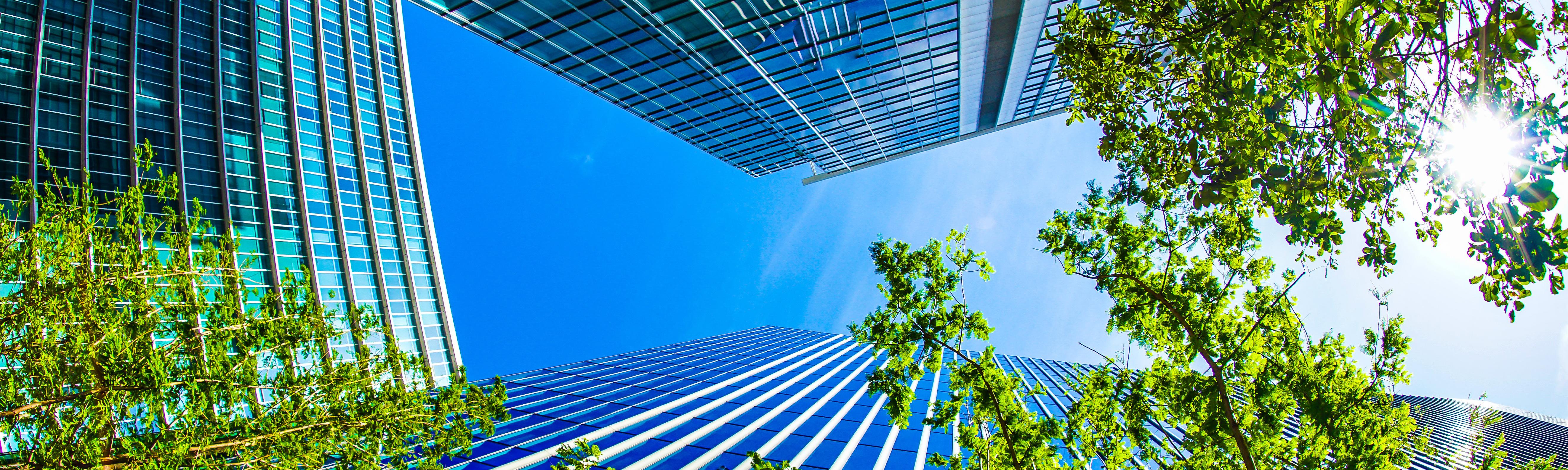 横浜みなとみらいの高層ビル